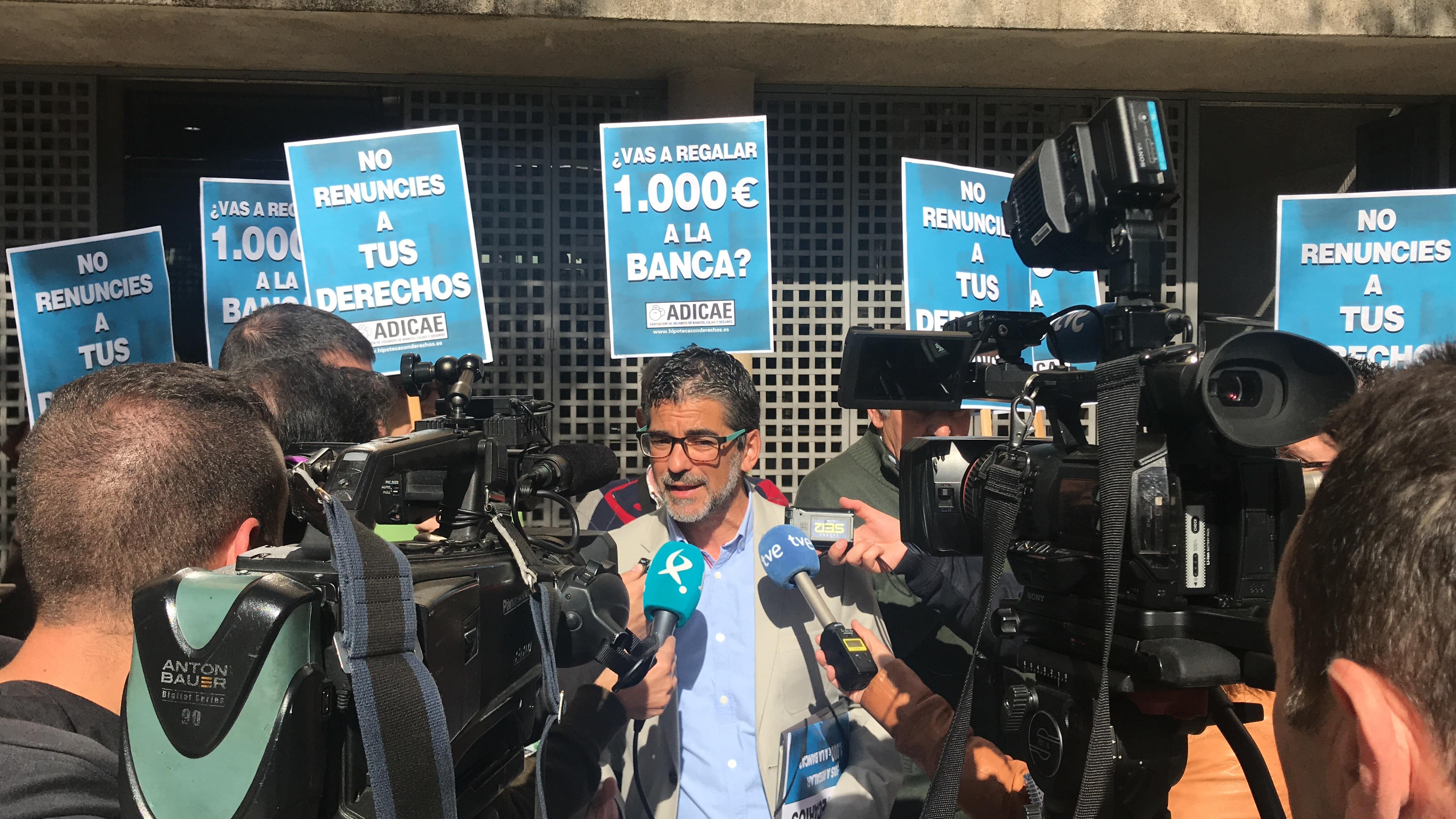 Rueda de prensa: Presentación demandas colectivas de Gastos Hipotecarios (I)