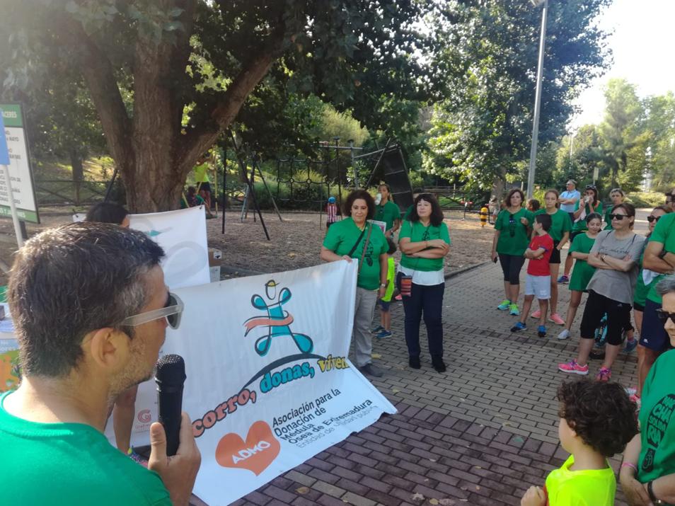 1ª Marcha Solidaria de los Consumidores en Extremadura. Desde ADICAE queremos agradecer a todas las personas que dieron parte de su tiempo para ayudar a la ADMO y su magnífica labor.