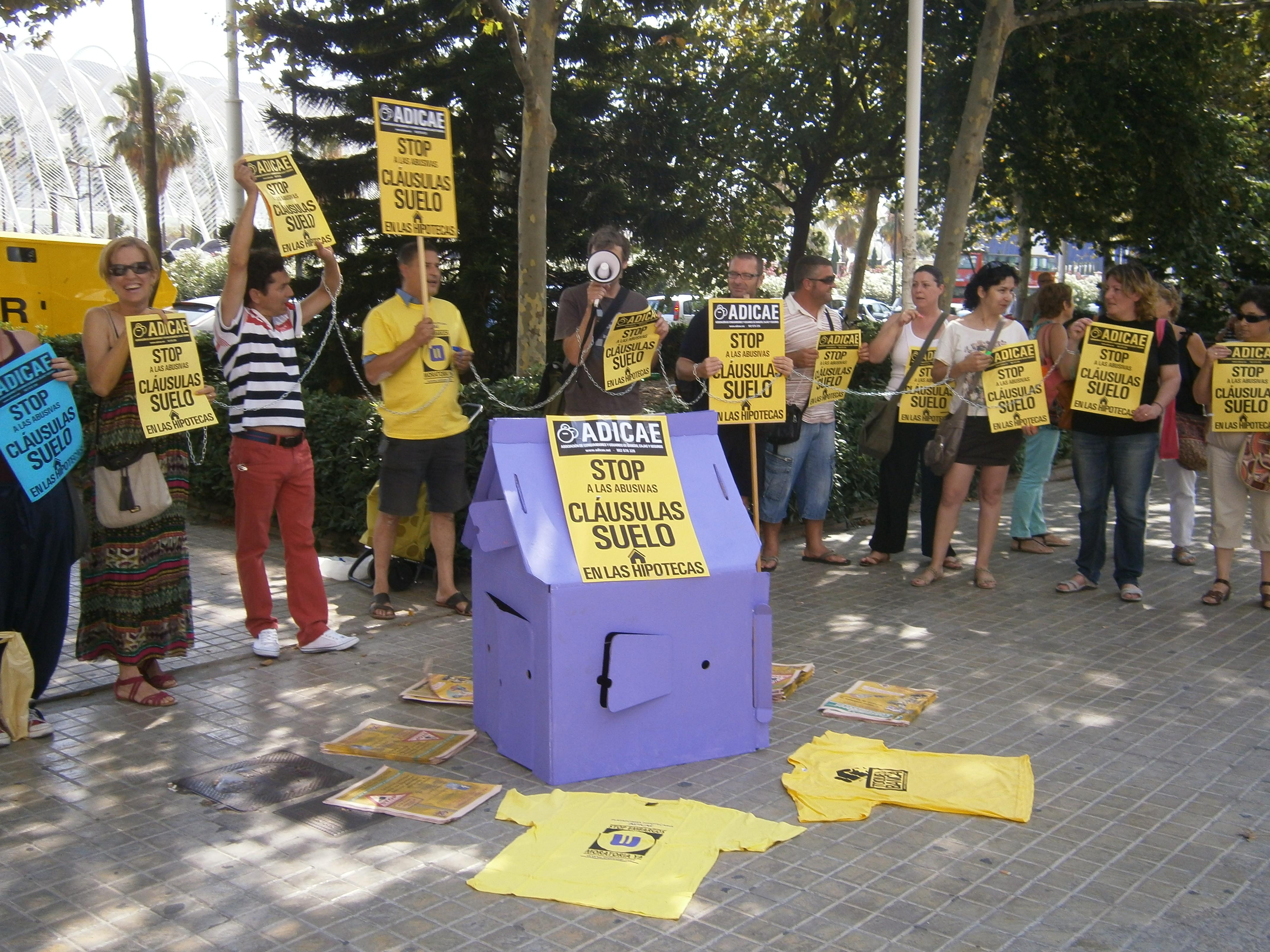 Protesta en los juzgados Cláusula Suelo julio de 2013