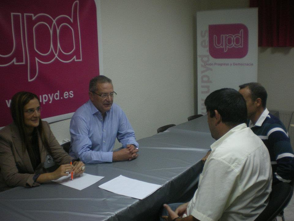 Reunión con los candidatos al Congreso y Senado de UPYD de Ceuta