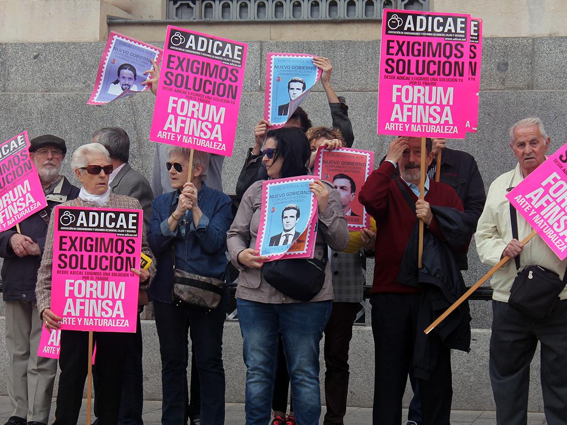 ADICAE SE MOVILIZA POR LOS FRAUDES FÓRUM-AFINSA-ARTE Y NATURALEZA CON LOS ADMINISTRADORES CONCURSALES EN EL PUNTO DE MIRA.